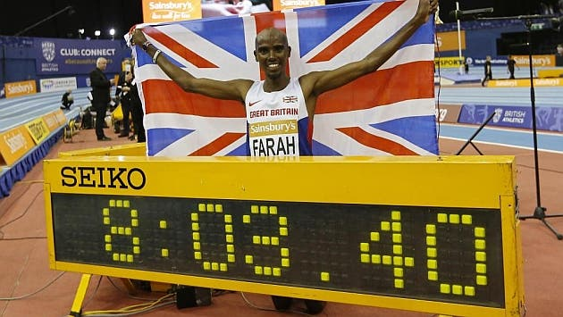 Farah, luego de romper el récord de la doble milla.