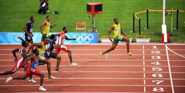 Bolt humilla a sus rivales en Beijing 2008