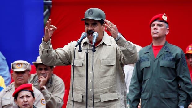 Maduro convoca a los sectores de oposición que