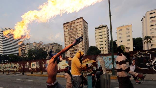 En su mayoría, los muertos en las marchas son jóvenes que se enfrentan a la represión