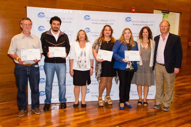 Algunos de los ganadores, en la entrega de diplomas