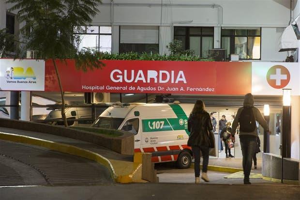 Faltan recursos en las guardias de los hospitales públicos, como el Fernández