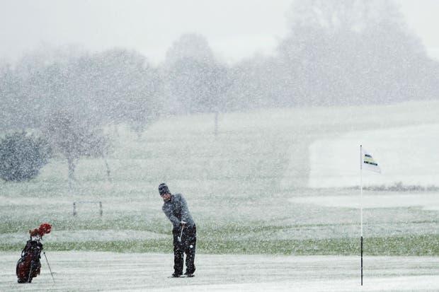 Taantas ganas de jugar al golf ibas a tener.  Foto:Reuters