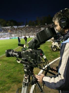 Para el Gobierno, el fútbol parece no estar para hacer plata, sino propaganda