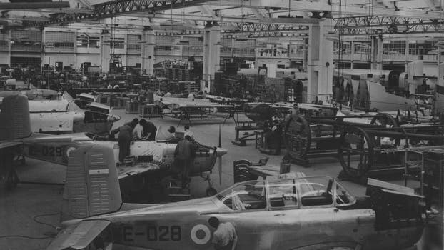 La Fabrica Argentina de Aviones en Córdoba. Construcción del B45 Mentor. Foto: Archivo