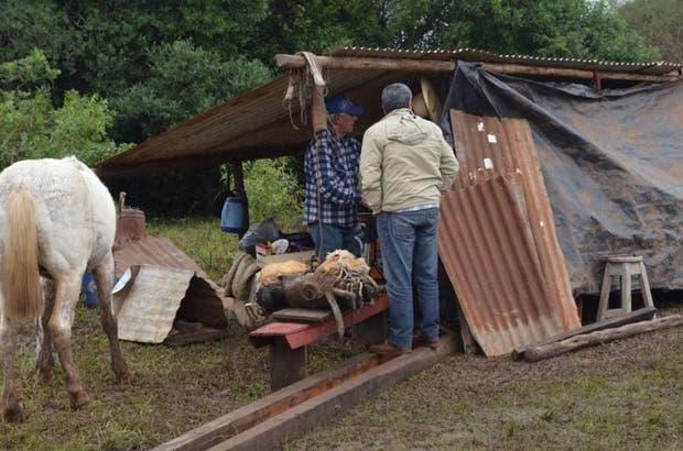 Muchos vecinos improvisaron campamentos