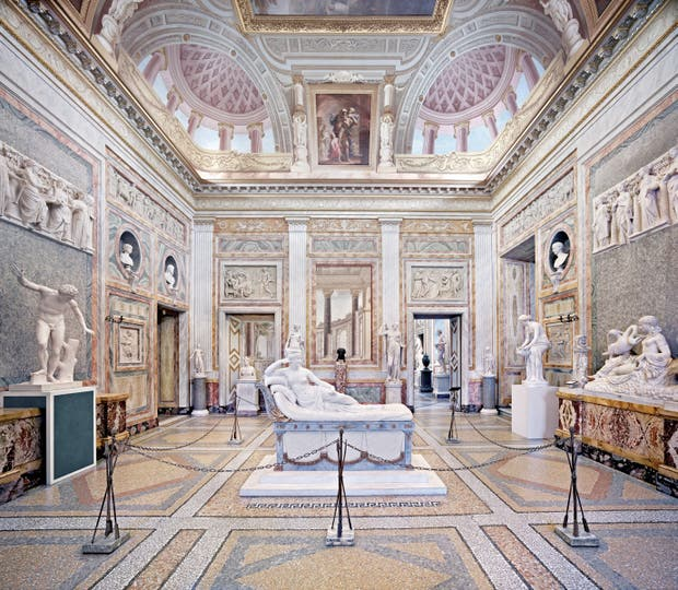 VILLA BORGHESE. Parte de una serie realizada en Roma durante 2012, en la espléndida galería de uno de los parques urbanos más grandes de Europa
