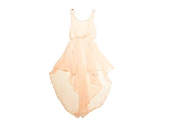 Vestido de gasa (47 Street, $479)..