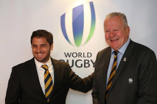 Pichot y su primer foto como vicepresidente de la World Rugby