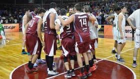 Salta Basket debutó con un triunfo contra Atenas