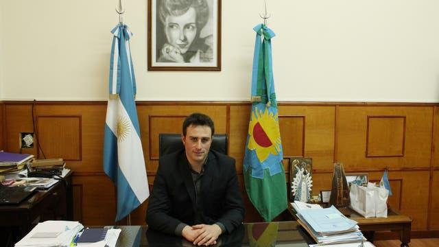 Hernán Ralinqueo, intendente de 25 de mayo