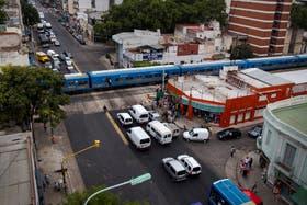 En la calle Artigas, en Flores, una imagen de la imprudencia