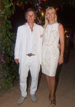 Valeria Mazza y Alejandro Gravier, los anfitriones. Foto: Alejandro Di Ciocchis