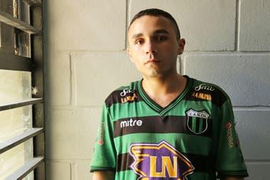Lautaro tiene 22 y ya pasó por seis unidades en Sierra Chica, La Plata y Olmos