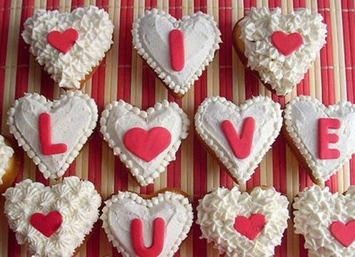 Para los amantes de la pastelería gourmet, buttercookies con decoración alusiva ($ 60 la docena tamaño grande),  milyscupcakes.blogspot.com y hay que encargarlas con anticipación. Foto: lanacion.com