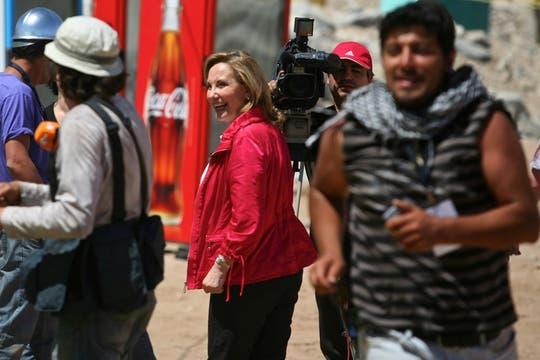 Cecilia Morel, Primera dama chilena, visita el campamento de los familiares de los mineros en la mina San Jose. Foto: LA NACION / Aníbal Greco
