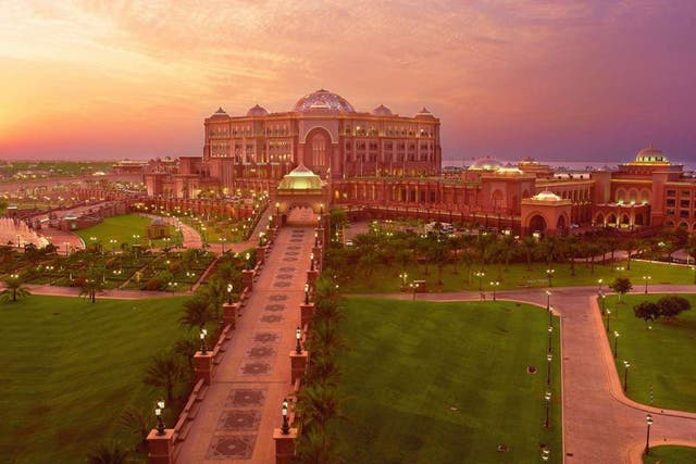 Emirates Palace, el hotel en donde se hospedará Cristina en Abu Dhabi