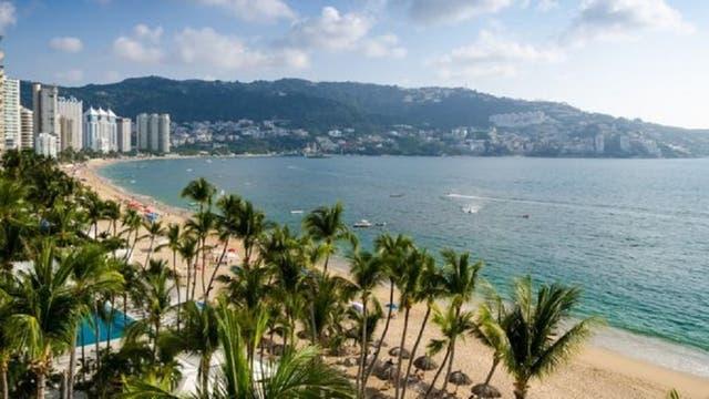 El puerto de Acapulco, en el estado de Guerrero, es uno de los principales balnearios del sur de México.