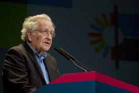 El filósofo y linguista Noam Chomsky