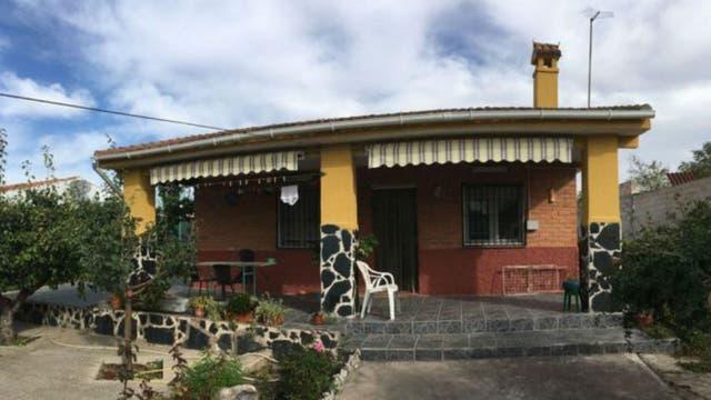 Una bonita y cuidada casa con jardín dentro de la Cañada Real