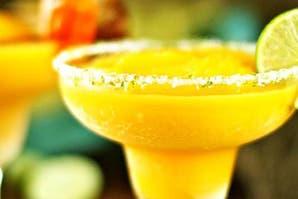 Maracuyá frozen: un trago dulce para refrescar tus tardes de verano