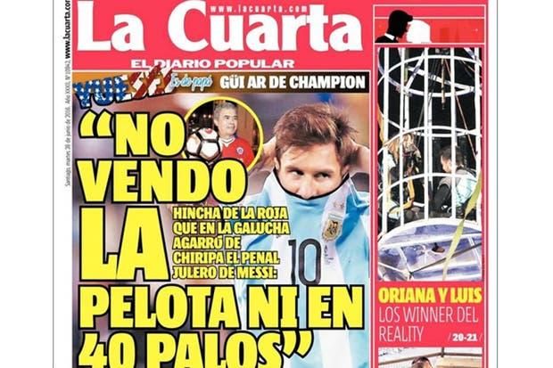 El hincha chileno que se quedó con la pelota del penal de Messi: cómo la consiguió y qué va a hacer con ella