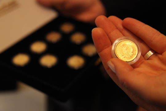 El oro que se ofrece al público en distintas formas atraviesa un procedimiento que garantiza su pureza. Foto: LA NACION / Guadalupe Aizaga