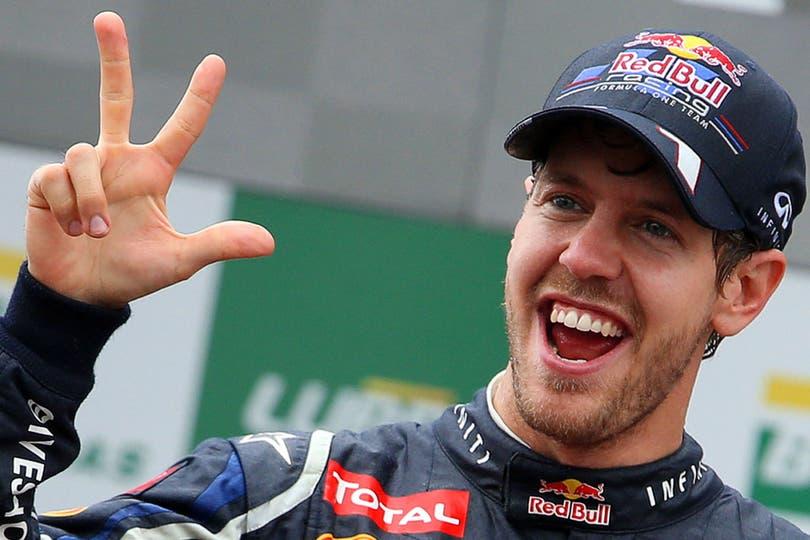 Vettel anuncia que el ganador es el número 3.... Foto: AP, AFP, EFE, Reuters