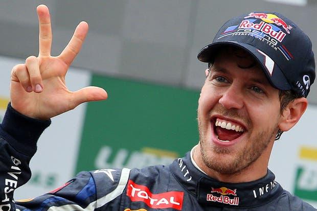 Vettel anuncia que el ganador es el número 3....  /AP, AFP, EFE, Reuters