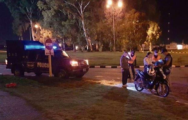 Por la seguidilla de asaltos se realizan en La Matanza controles diarios a motociclistas