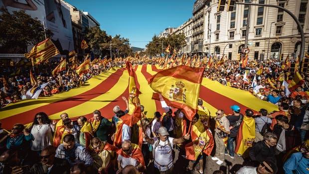 La policía estima que 300.000 personas marcharon ayer por Barcelona