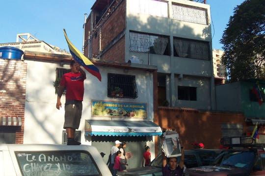 Algunos recordaron a Chávez parados en su auto y tocando bocina. Foto: LA NACION / Juan Pablo De Santis