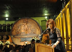 La Presidenta recibió anoche a sus pares del Mercosur en una bodega mendocina