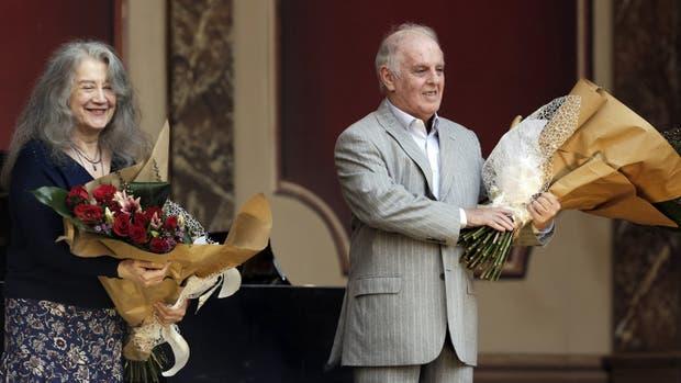 El director orquestal argentino-israelí ya había ofrecido un concierto público, tres años atrás, ante ocho mil espectadores en el Puente Alsina