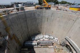 Cuando el túnel complementario de extensión esté terminado se duplicará la capacidad de drenaje del actual cauce para mitigar los riesgos de inundaciones en ciertos barrios de la ciudad