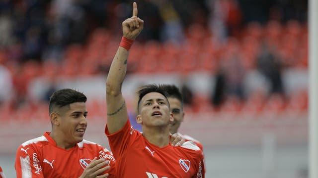 Meza celebra su gol ante Velez