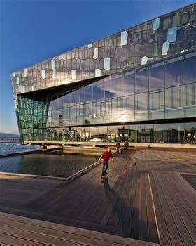La nueva sala de conciertos de Reykjavik, orgullo y símbolo de la nueva Islandia
