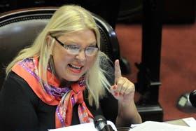 Elisa Carrió denunció mala praxis en la negociación en Nueva York
