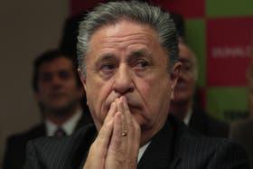 """Duhalde es uno de los acusados como """"responsable político"""" de la muerte de Kosteki y Santillán"""