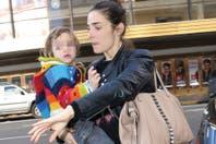 Juana Viale llevó a sus hijos más chicos a ver a Topa