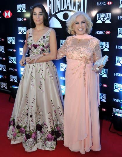 Mirtha Legrand junto a su nieta Juana Viale. Foto: LA NACION / Gerardo Viercovich