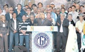 """Moyano habló delante de toda la cúpula de la CGT: """"Necesitamos el voto de los trabajadores para el gobierno nacional y popular"""", dijo"""