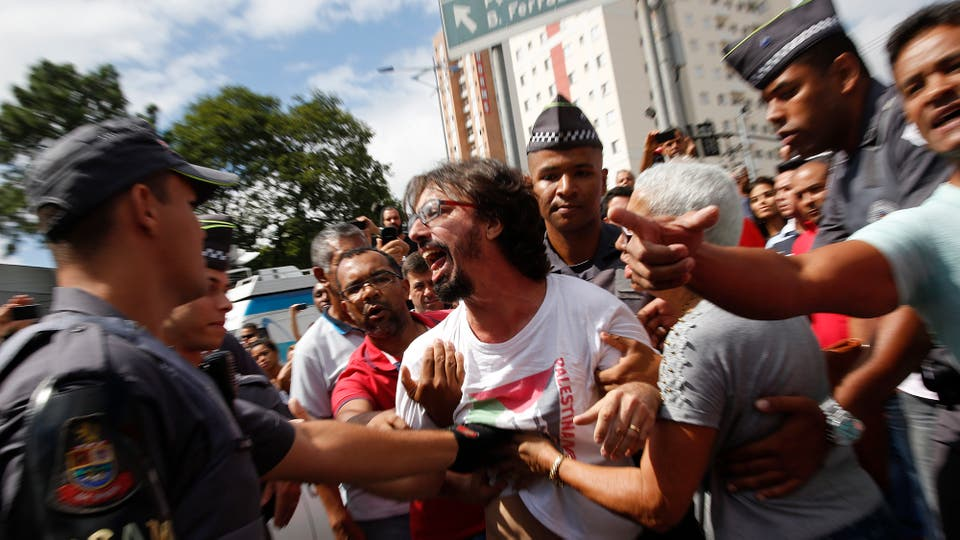 Incidentes con militantes en el aeropuerto donde está Lula da Silva. Foto: AP