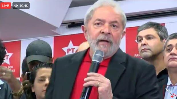 Lula rompe el silencio hoy en una conferencia de prensa tras ser condenado a prisión