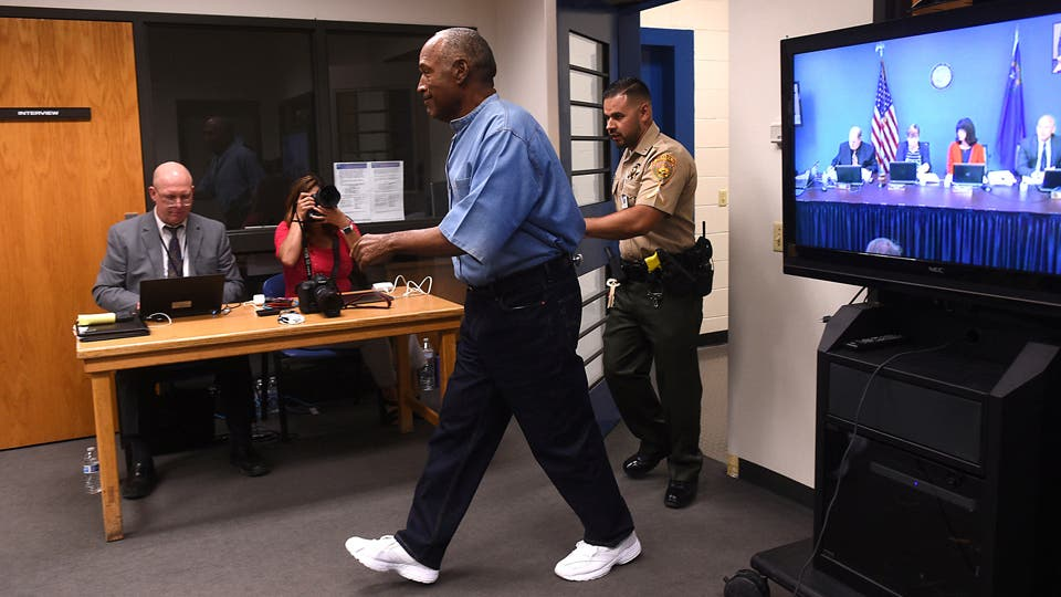 El ex deportista, de 70 años, Conceden la libertad condicional a O. J. Simpson tras nueve años en prisión. Foto: AP