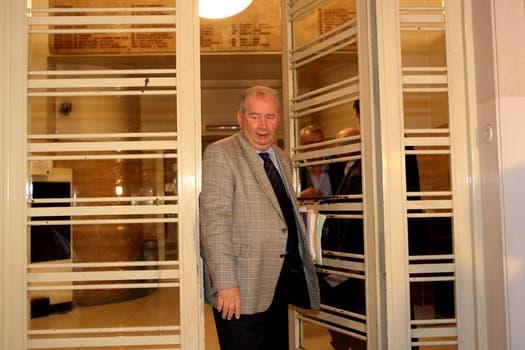 16 de julio de 2008 saliendo de la sede de la AFA en capital. Foto: Archivo