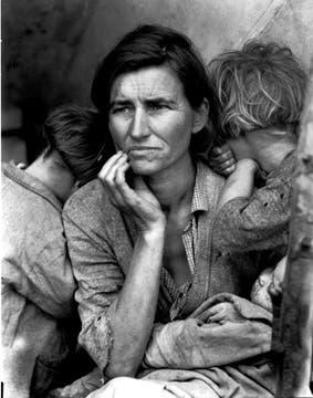 Esta mujer se convirtió, entonces, a través de su foto, en un icono de la desesperación. Foto: Dorothea Lange