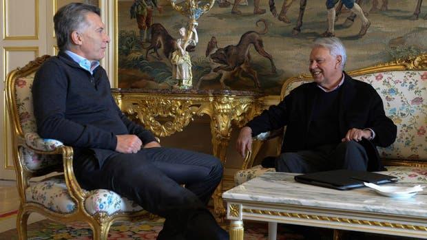 El presidente Mauricio Macri se reunió esta mañana con el ex mandatario español Felipe González