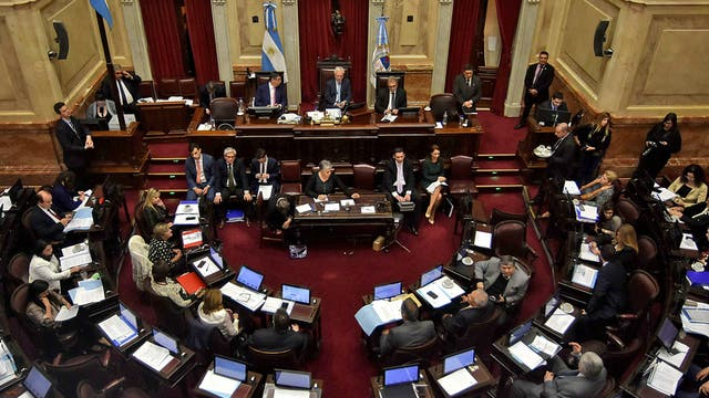 Sindicatos marchan nuevamente contra la reforma de Macri