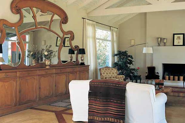 Muebles living dormitorios usados como nuevos for Muebles living modernos